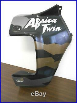 Flanc de carénage droit d'origine de Honda XRV 750 Africa Twin type RD04